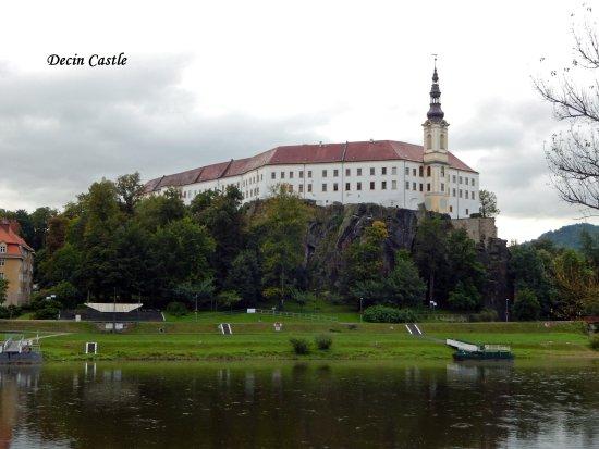 Děčín, Česká republika: Decin Castle vieuw from river Elbe