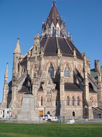 ออตตาวา, แคนาดา: église