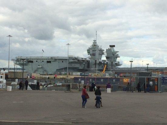 Gosport, UK: HMS Bomb Magnet