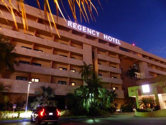 Regency Hotel Miami: Aussenansicht