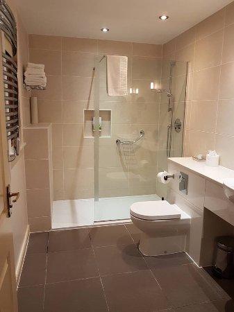 Barham, UK: The en-suite bathroom