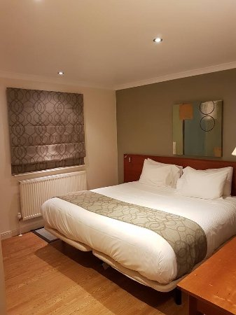 Barham, UK: Main bedroom