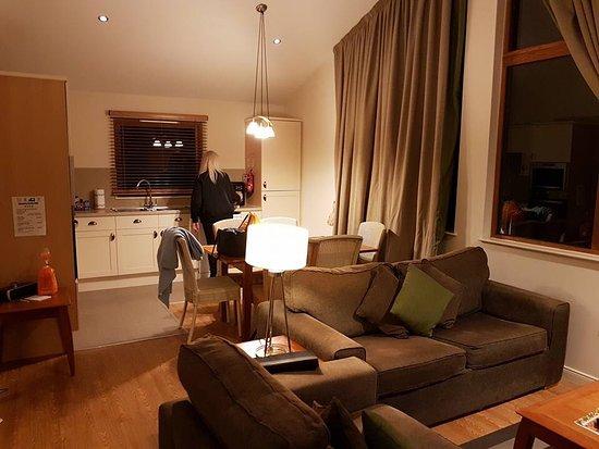 Barham, UK: Lounge, kitchen/diner