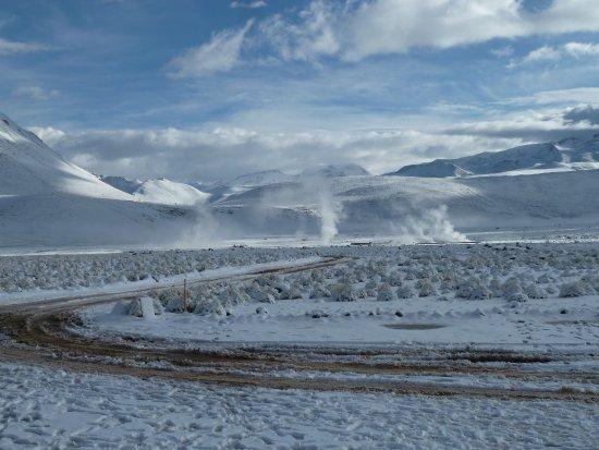 Atacama Region, Cile: Geysiere im Schnee