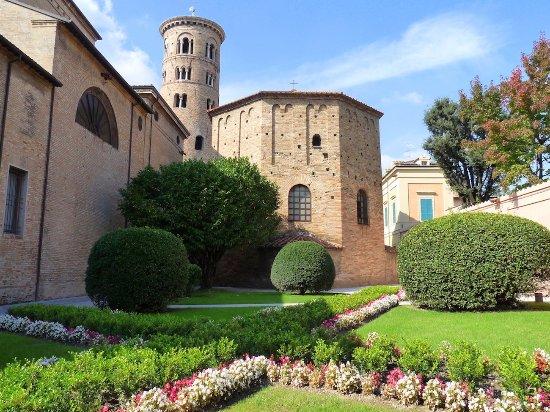 Province of Ravenna, Italien: Basilica di Sant'Apollinare in Classe
