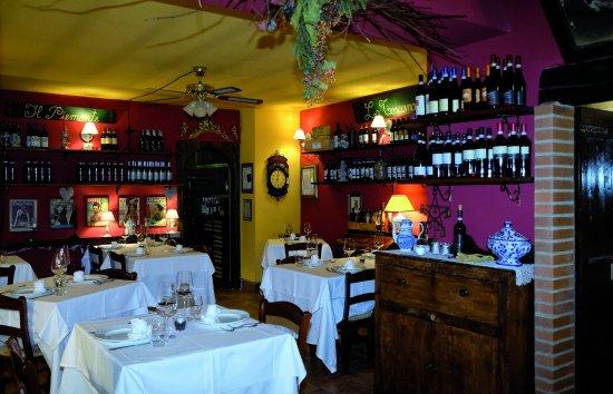 Castiglione Olona, Italy: prima sala