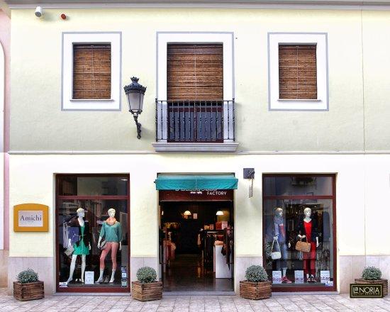 Parque Comercial La Noria Murcia Outlet Shopping  Tienda Amichi en La Noria eed6451ad0770
