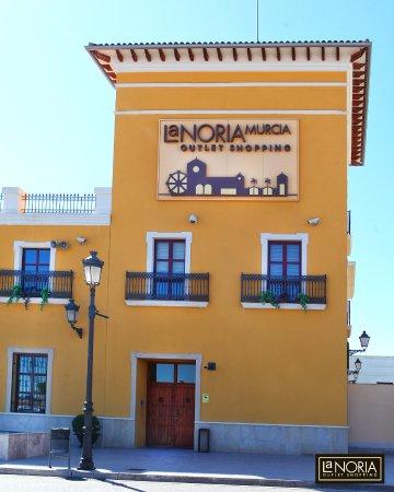 La Noria Outlet Murcia - Picture of Parque Comercial La Noria Murcia ... a5475d1540baf