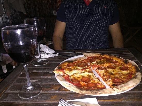 Pizzeria el Nómada Pza San Marcos: photo0.jpg
