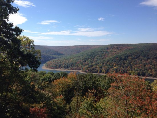 Warren, Pensilvania: Beautiful lookout sight especially in the fall