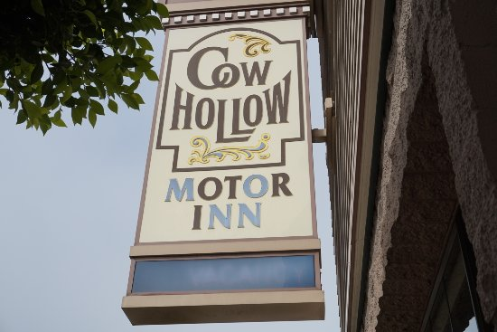 Cow Hollow Inn and Suites Photo