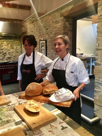 Lesley Waters Cookery School: photo3.jpg