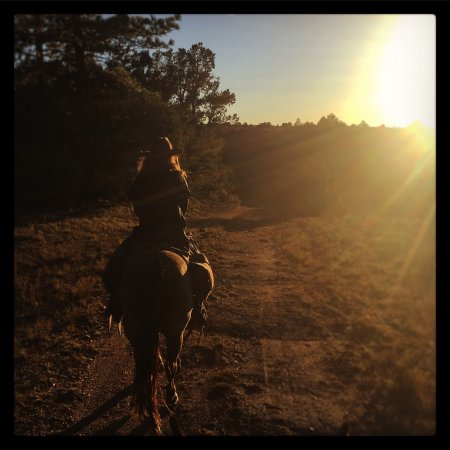 San Cristobal, NM: Rio Grande Stables 2hr Sunset Ride with Kelly an amazing tour guide!