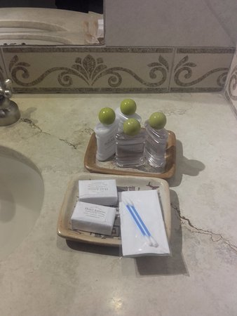 Hotel Asturias: Detalles en el baño