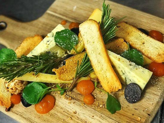 Ballyclare, UK: cheese board