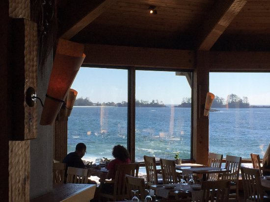 Wickaninnish Inn and The Pointe Restaurant: View from the bar