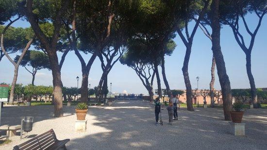 Giardino degli aranci roma picture of nicola rome transfer rome tripadvisor - Giardino degli aranci frattamaggiore ...
