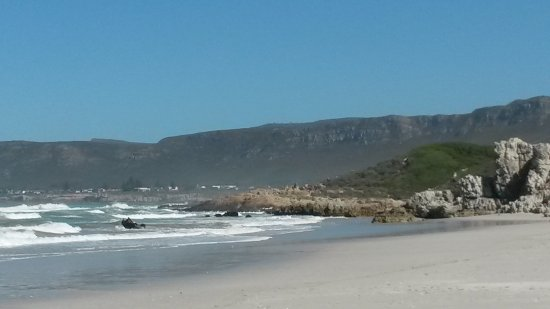 Grotto Beach: пляж