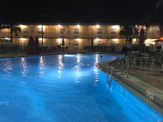 Great Location, Great Price, Great Hotel!