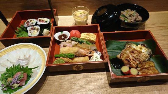 Sanjo, Japonya: お好みに合わせて色々とお料理お出し致します。