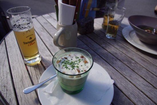 Zams, Austria: Kraukäs-Suppe lecker