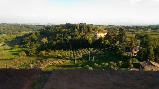 Castello di Monteliscai: P_20170930_171646_large.jpg