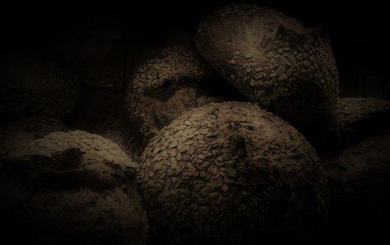 Bunnik, The Netherlands: Brood als vanouds, foto Drager Meurtant (alias)