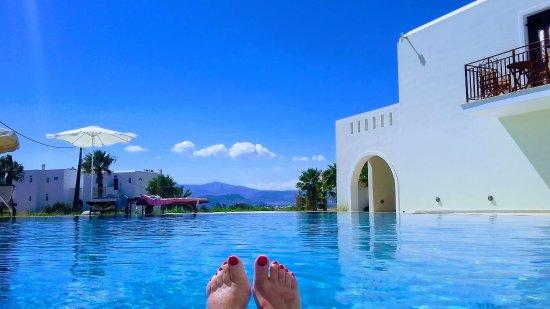 Agios Prokopios, Grekland: Heaven on earth/in the pool!