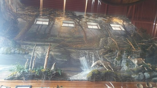 Rossford, Ohio: Bass Pro Shops