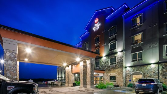 There's no better way to experience Drayton Valley, AB than at Best Western Plus Drayton Valley