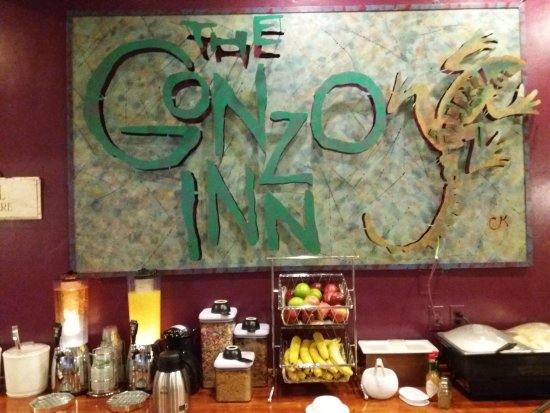 The Gonzo Inn: L'interno