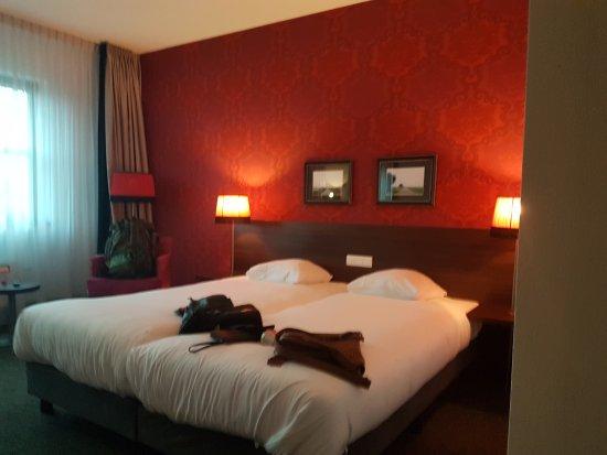 Hotel Mijdrecht Marickenland : 20171010_175416_large.jpg