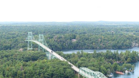 1000 Islands Tower : View of Ivy Lea Bridge