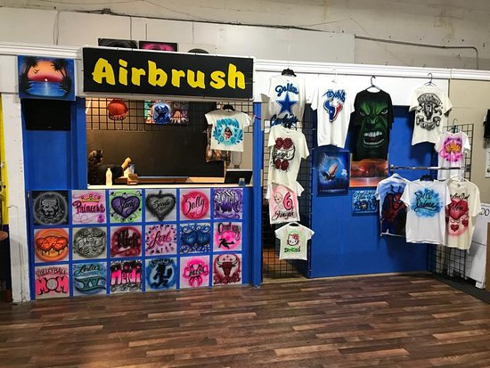 Air Art Studio: This is our Location inside of the Plaza Latina