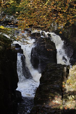 Dunkeld, UK: Waterfall below Ossian's Hall