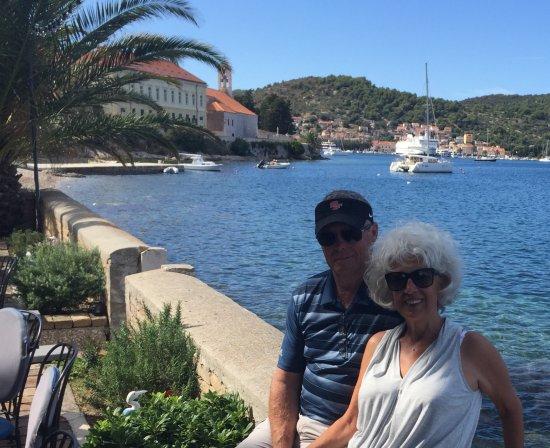 Danielis Yachting: Coffee on Vis