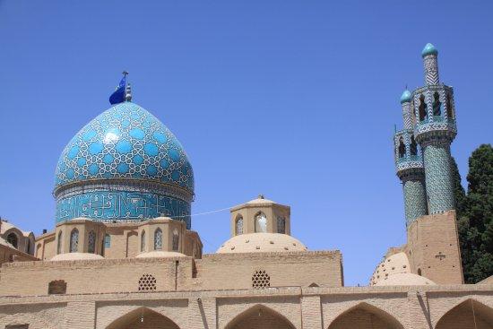 Aramgah-e Shah Ne'matollah Vali: torre