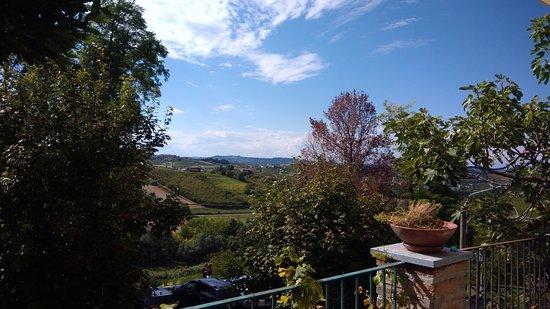 Coazzolo, Italia: Vista del terrazino