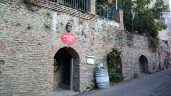 Coazzolo, Italia: Ingresso