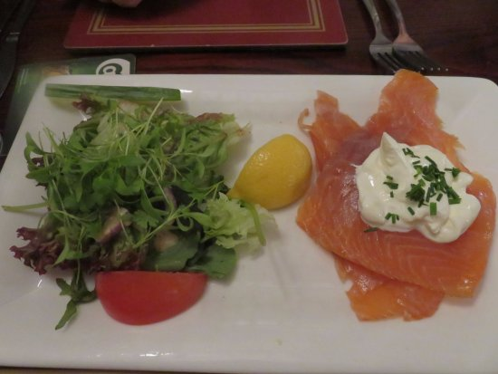 Kinross, UK: Scottish Smoked Salmon
