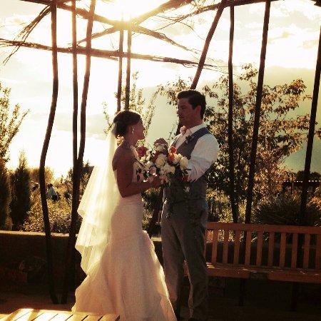 santa fe botanical garden wedding at the botanical garden - Botanical Garden Wedding
