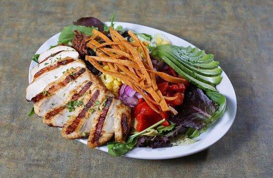 Needles, كاليفورنيا: Southwestern Cobb Salad