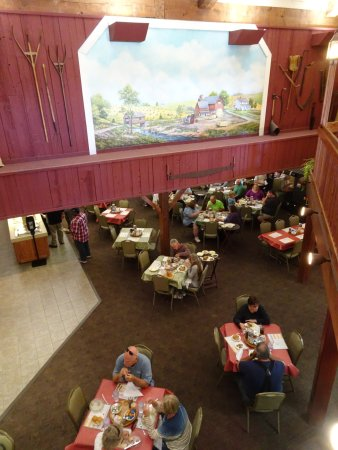 Middlebury, IN: Inside Das Dutchman Essenhaus