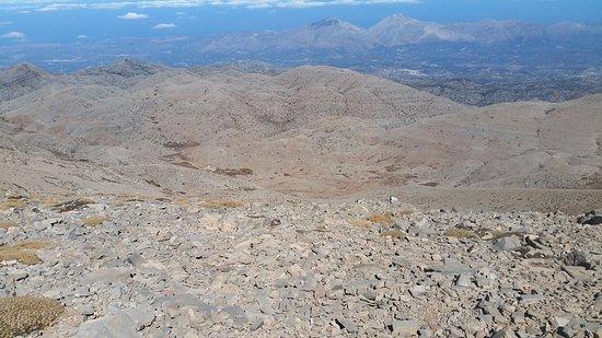 Mount Ida : תצפית דרומה לים הלובי