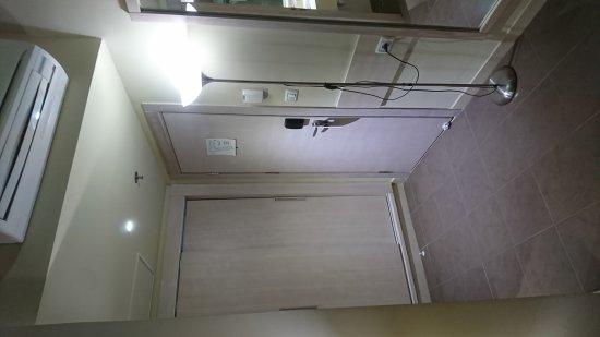 Holy Land Hotel: DSC_3293_large.jpg