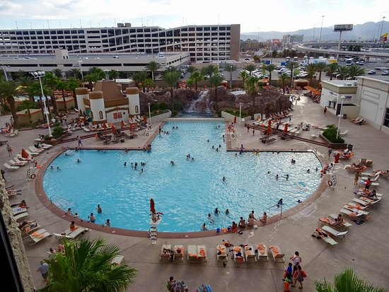 excalibur hotel casino pool
