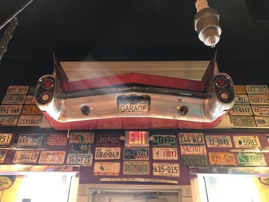 Centerville, IA: The Garage