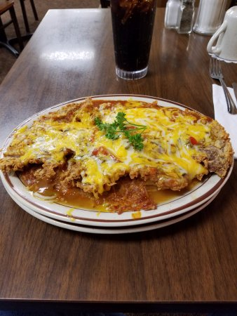 Vic's Daily Cafe: Chicken Fried Steak & Eggs with hashbrowns