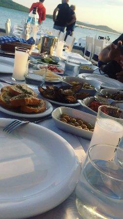 Cunda Deniz Restaurant : IMG-20170830-WA0041_large.jpg