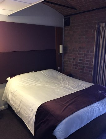 Premier Inn Liverpool City Centre: photo1.jpg